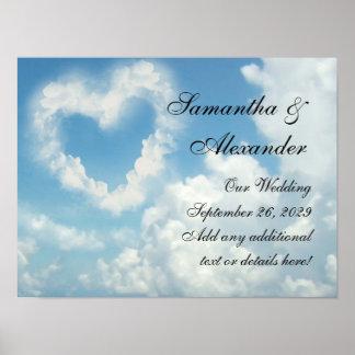 Corazón en las nubes, amor romántico del cielo azu póster