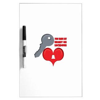 Corazón en Lockdown Pizarras Blancas
