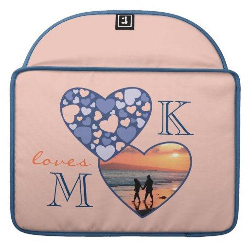Corazón en melocotón adaptable del azul del marco  funda para macbooks