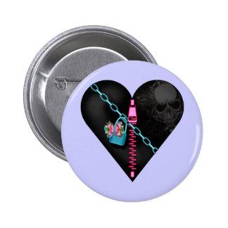 Corazón encadenado - botón pin
