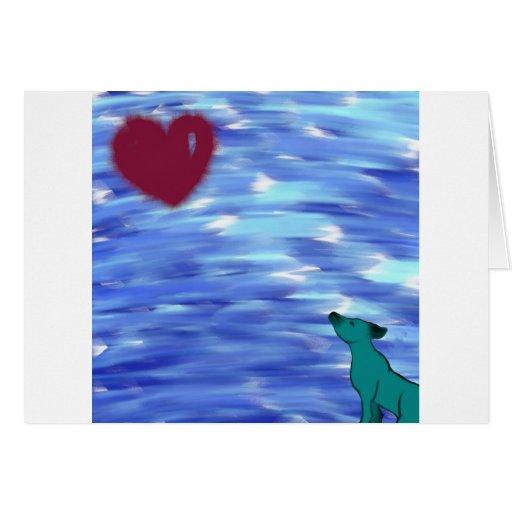 Corazón encima allí a la vista tarjeta de felicitación