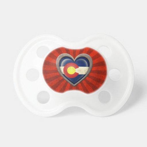 Corazón envejecido de la bandera de Colorado con l Chupetes Para Bebés