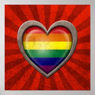 Corazón envejecido de la bandera del arco iris del impresiones