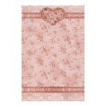 corazón floral de la primavera y del cordón rosado papelería
