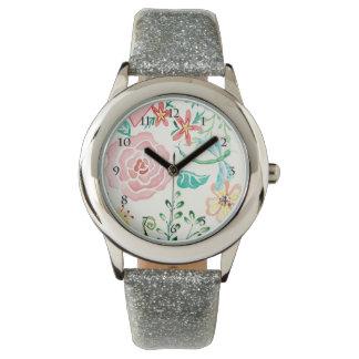 Corazón floral romántico de la libélula de la relojes de mano
