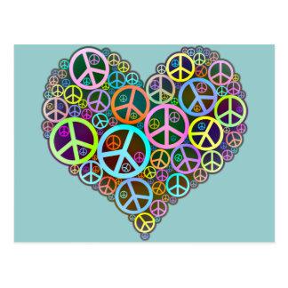 Corazón fresco del amor de la paz postal