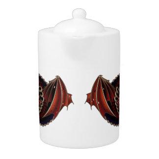 Corazón gótico con diseño del tatuaje de las alas