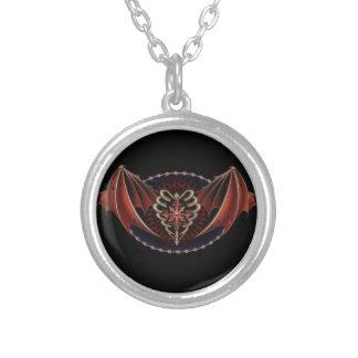 Corazón gótico con diseño del tatuaje de las alas colgante redondo