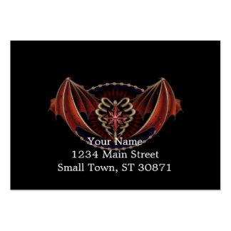 Corazón gótico con diseño del tatuaje de las alas tarjetas de visita grandes