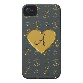 Corazón gris oscuro del oro de las anclas del mono iPhone 4 Case-Mate cobertura