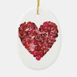 Corazón hecho de las hojas del trébol rojo ornamento para arbol de navidad