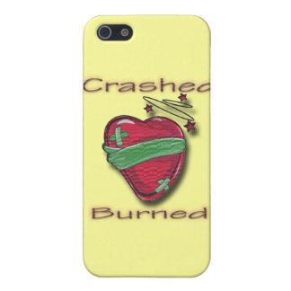 Corazón herido estrellado y quemado iPhone 5 funda