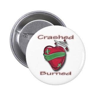 Corazón herido estrellado y quemado pins