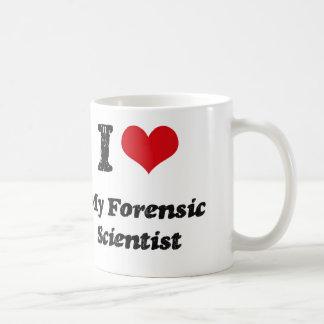 Corazón I mi científico forense Taza Clásica