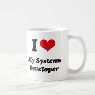 Corazón I mi desarrollador de los sistemas Taza Básica Blanca