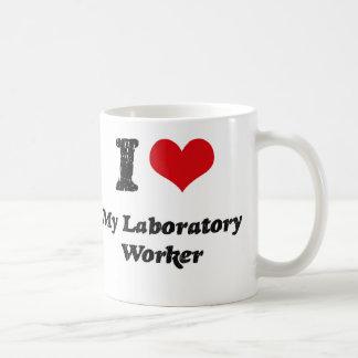 Corazón I mi técnico de laboratorio Taza Básica Blanca