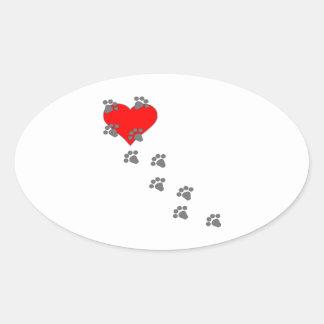 Corazón (impresiones de la pata) pegatina ovalada