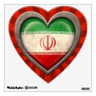 Corazón iraní envejecido de la bandera con los ray vinilo