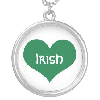 Corazón irlandés colgante redondo