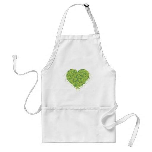 Corazón irlandés delantal