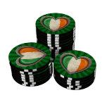 Corazón irlandés envejecido de la bandera con los  fichas de póquer