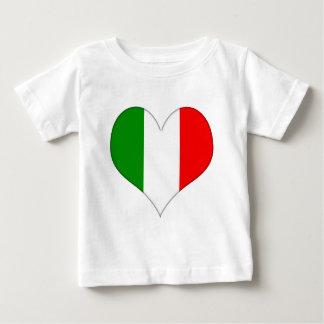 Corazón italiano de la bandera playeras