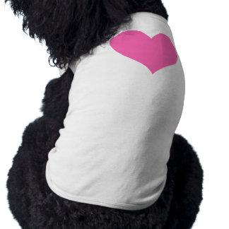 Corazón lindo de las rosas fuertes camiseta de perrito