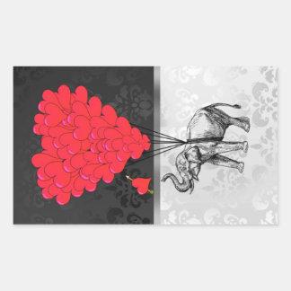 Corazón lindo del elefante y del amor en gris pegatina rectangular
