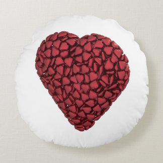 Corazón llenado de los corazones cojín redondo