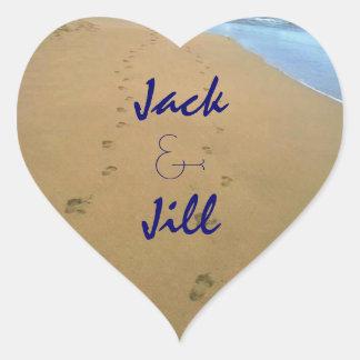 Corazón Luv de la playa de la arena de los pasos Pegatina En Forma De Corazón