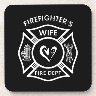 Corazón maltés de la esposa de los bomberos posavaso