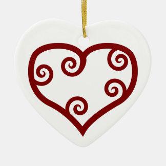 Corazón maorí rojo del el día de San Valentín del Ornato