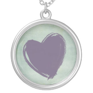 Corazón morado round pendant necklace