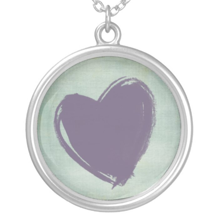 Corazón morado silver plated necklace
