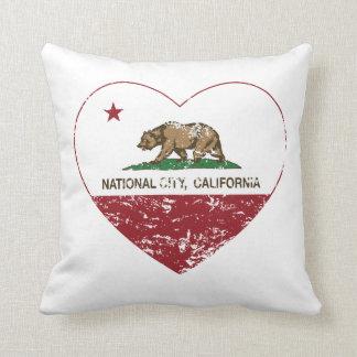 corazón nacional de la ciudad de la bandera de cojín