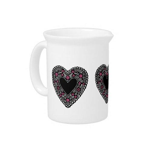 Corazón negro del cordón jarra de beber