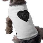 Corazón negro. Diseño modelado del corazón Ropa Para Mascota