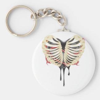 Corazón negro en tórax llavero redondo tipo pin