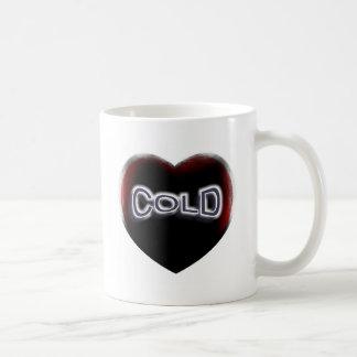 Corazón negro frío taza clásica