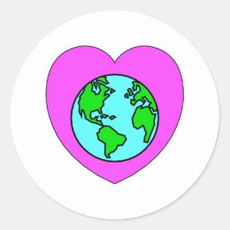 Corazón nuestro planeta pegatina redonda