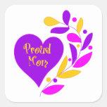 Corazón orgulloso de la mamá calcomanía cuadradas