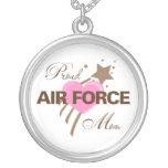 Corazón orgulloso de la mamá de la fuerza aérea joyeria