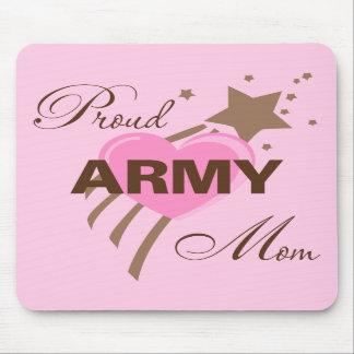 Corazón orgulloso de la mamá del ejército alfombrillas de raton