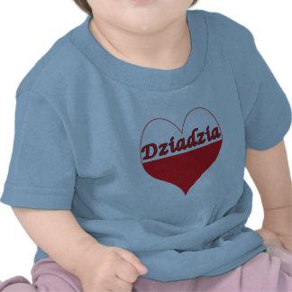 Corazón polaco de Dziadzia Camiseta