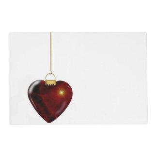 Corazón precioso del rojo del ornamento del día de salvamanteles