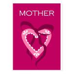 Corazón púrpura de la madre postal