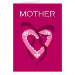Corazón púrpura de la madre tarjetón