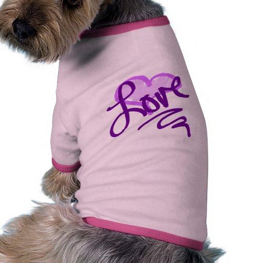 Corazón púrpura del amor camiseta con mangas para perro