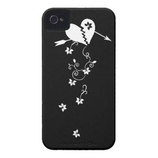 Corazón quebrado con el caso del iPhone 4 de las f Case-Mate iPhone 4 Coberturas