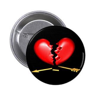 Corazón quebrado con la flecha de oro quebrada pin redondo de 2 pulgadas